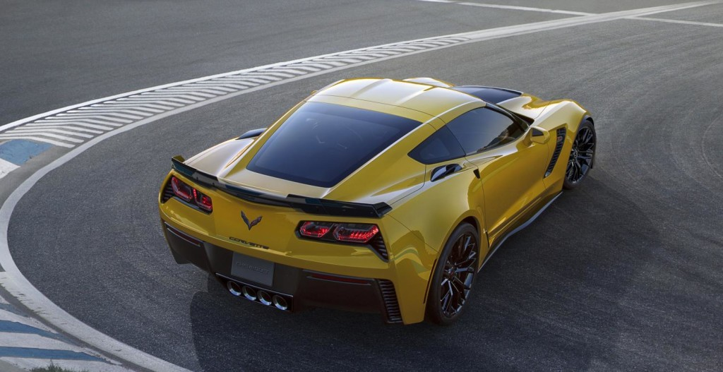 2015-Chevrolet-CorvetteZ06-006