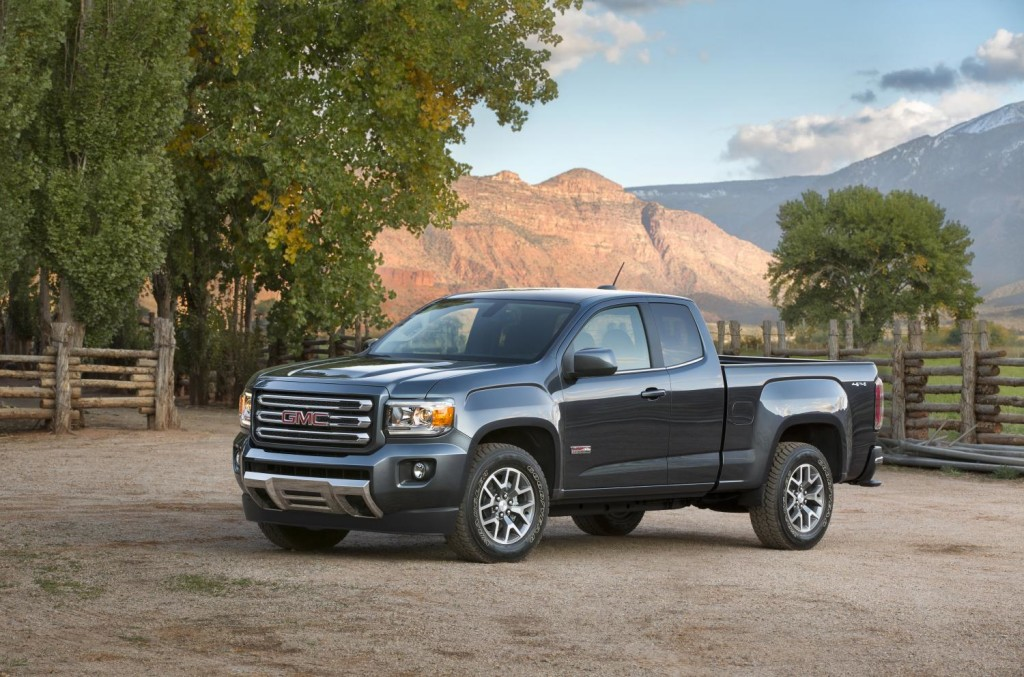2015-GMC-Canyon-AT-Triple-Sealed-Inlaid-Doors-002