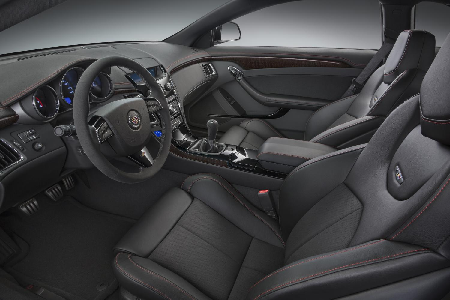 2015 Cadillac CTS-V Coupe interior