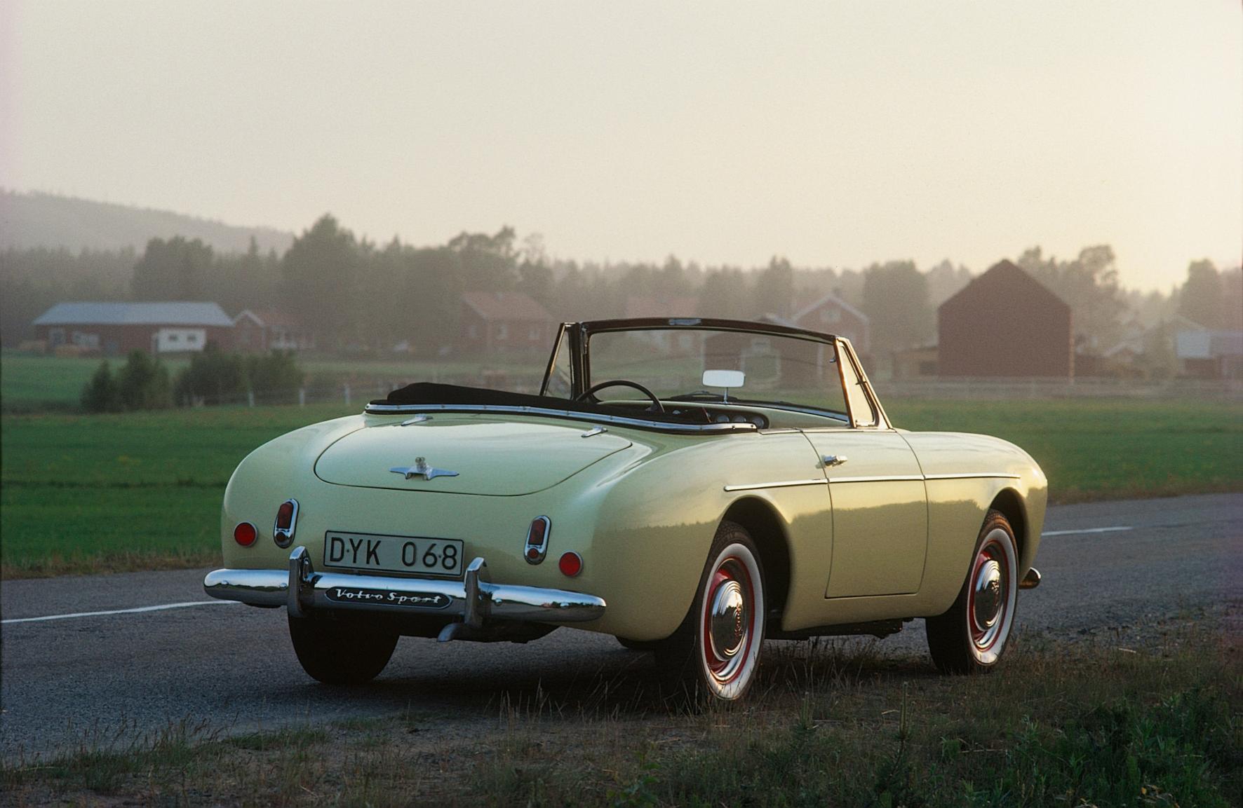 Volvo Sport rear