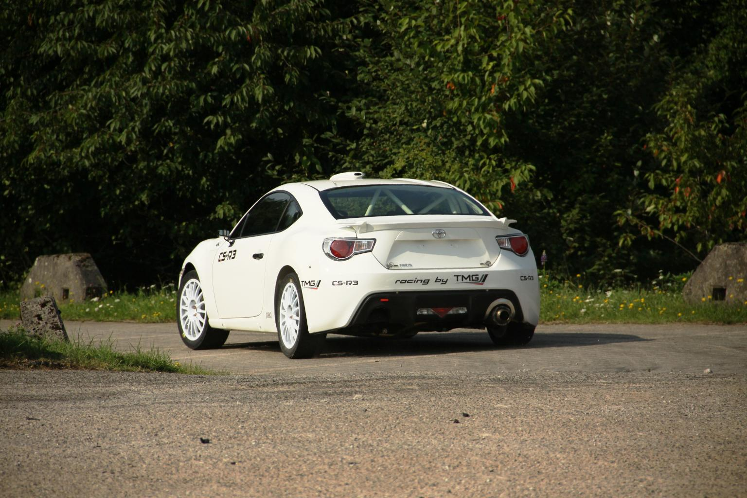 Toyota GT86 CS-R3 rear