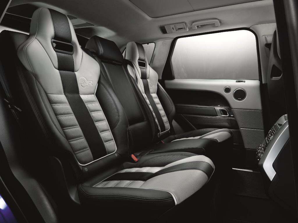 2015 Range Rover Sport SVR interior