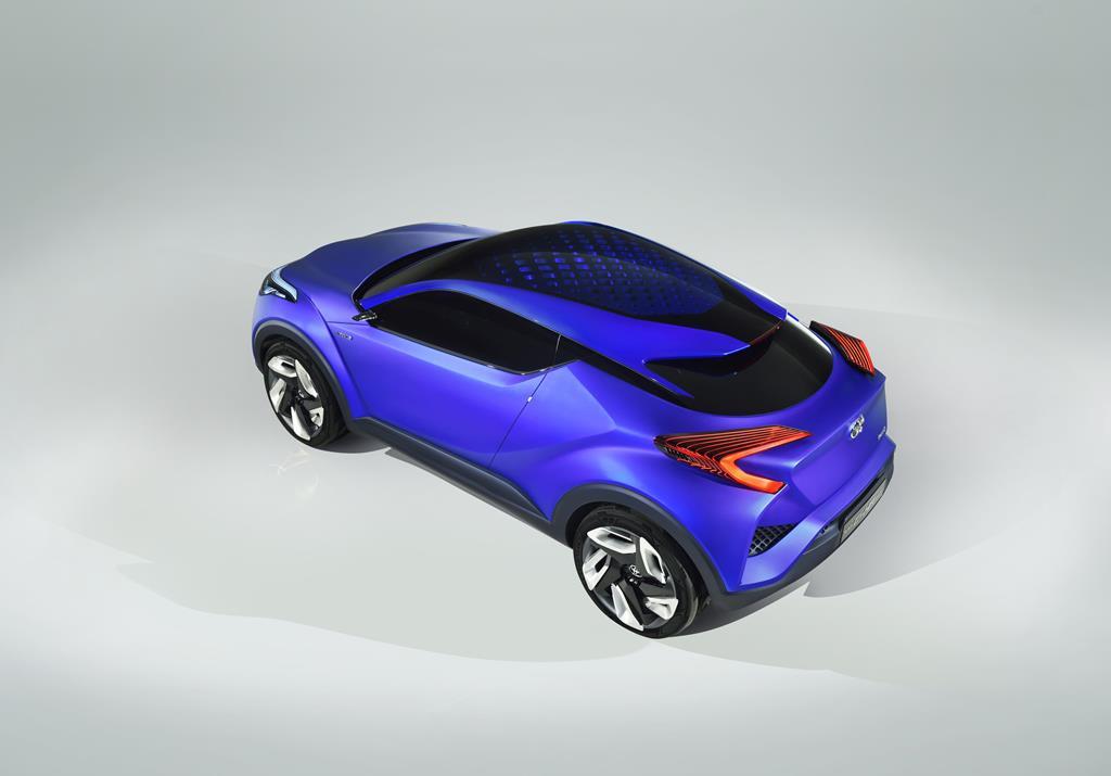 Toyota C-HR Concept (2)