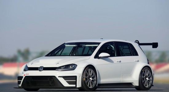 Volkswagen Golf Racing