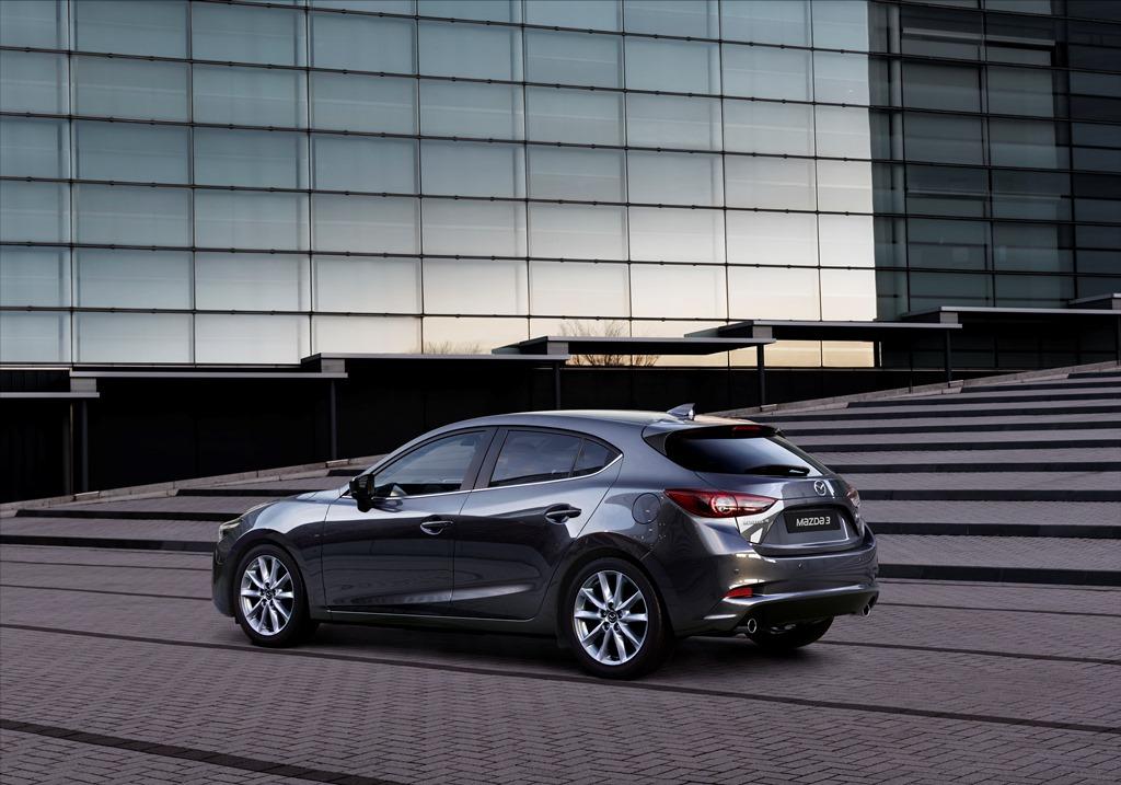 2017 Mazda 3 (2)