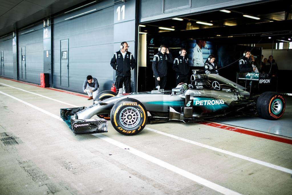 JorgeLorenzo_F1_2016_Test_Silverstone_MGP_AC5_9025